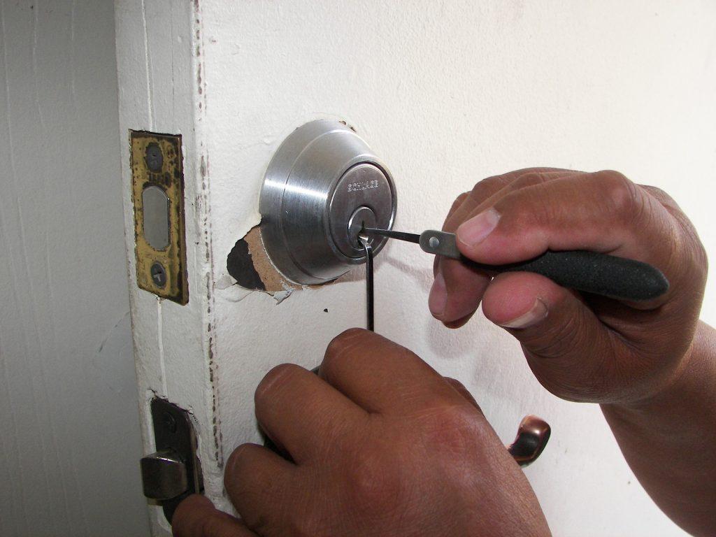 Cerrajero en Granada
